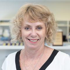 Dr Suzanne Elliot